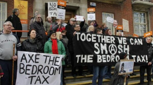 Together we can smash the tax: People in Swindon show their support for the protest.