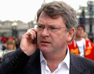 """Hello - Cam? You're a bleedin' liability, cobber. I'm off back to XXXX, where they KNOW how to stitch up an election!"""